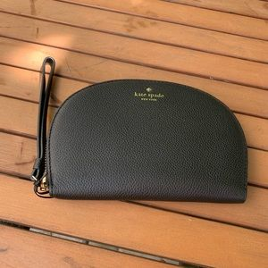 Kate Spade NY Rima Leather Round Wristlet Pouch